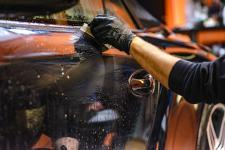 Jak dbać o lakier samochodu i jego wnętrze?