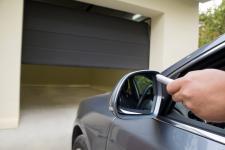 Czy warto garażować samochód?
