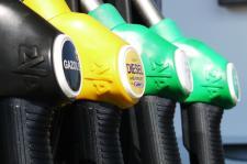 Odwieczne pytanie kierowcy – benzyna czy gaz
