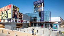 Upalny finał wyprzedaży we Wrocław Fashion Outlet