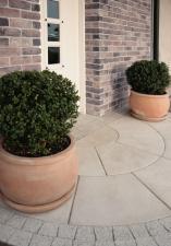 Spójna aranżacja domu i ogrodu dzięki zastosowaniu produktów Libet