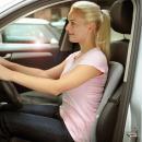 Jak dbać o kręgosłup w czasie podróży samochodem?