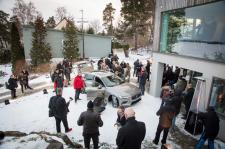 Volvo Cars wybiera nowy sposób wprowadzania samochodów i usług