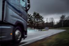 Volvo Cars oraz Volvo Trucks współdzielą w czasie rzeczywistym dane z pojazdów
