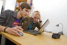 Jak zapewnić bezpieczeństwo dzieci na portalach społecznościowych